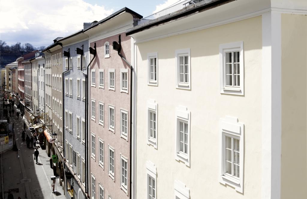 salzburg cityhotels alle hotelshotel krone 1512. Black Bedroom Furniture Sets. Home Design Ideas